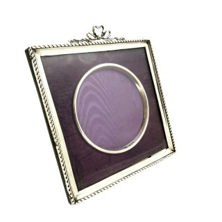Antique Edwardian Sterling Silver 'Bow/Ribbon' Photo Frame 1902