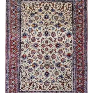 Traditional Persian Isfahan Rug 139x206cm