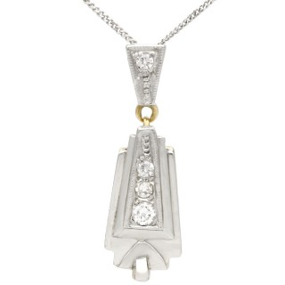 0.14 ct Diamond and 18 ct Yellow Gold Pendant - Art Deco - Vintage Circa 1940