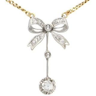 0.45 ct Diamond and 18 ct White Gold Bow Necklace - Antique Circa 1920