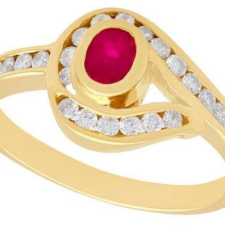 0.28 ct Ruby and 0.39 ct Diamond, 18 ct Yellow Gold Twist Ring - Vintage Circa 1980
