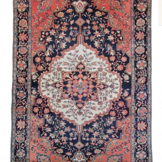 Antique Persian Sarouk Rug 135 x 200cm