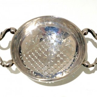 Antique George II Sterling Silver Lemon Strainer Circa 1735