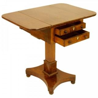 19th Century English Regency Mahogany Small Pembroke or Dropleaf Side Table