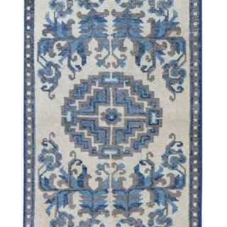 Antique Oriental Chinese Runner Rug 41 x 100 cm
