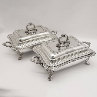 Pair Of Georgian Silver Entrée Dishes On Warmers