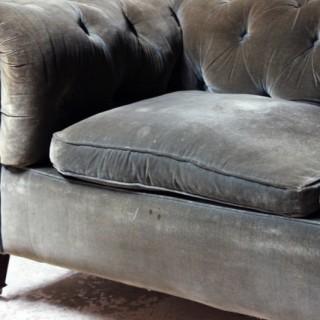 An Edwardian Green Velvet Upholstered Chesterfield Sofa c.1900-10