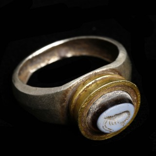 Ancient Greek Electrum and Gold Ring with Nicolo Intaglio