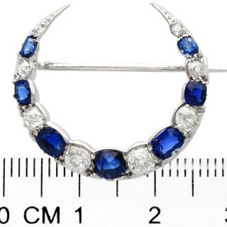 1.88 ct Sapphire and 1.04 ct Diamond, 9 ct White Gold Crescent Brooch - Antique Circa 1920