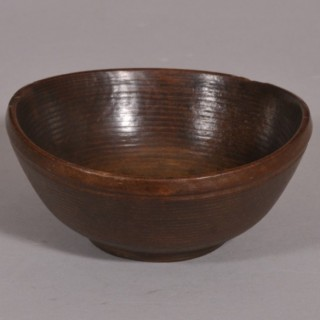 Antique Treen Welsh Beech Cawl Bowl of the Georgian Period