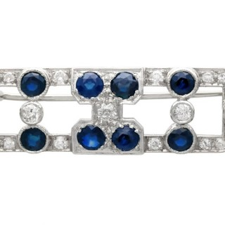 3.20ct Sapphire and 1.70ct Diamond, 15ct White Gold Brooch - Art Deco - Antique Circa 1920