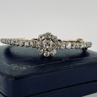 An exceptional Austro-Hungarian European Old Cut Diamond Bangle