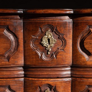 Mid 18th Century Louis Xv Bombe Shaped Chestnut Provincial Commode