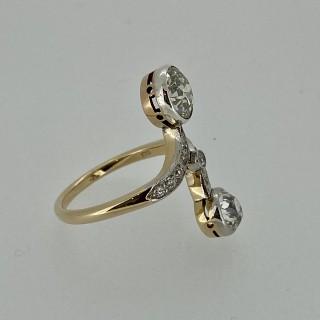 Belle Epoque Moi Et Toi Cross Over Diamond Ring