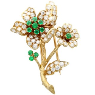 2.90 ct Diamond and 0.40 ct Emerald, 18ct Yellow Gold Brooch - Vintage French Circa 1980