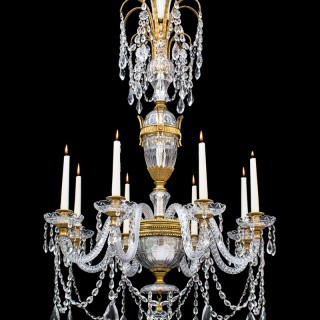 A FINE QUALITY ORMOLU MOUNTED EIGHT LIGHT ANTIQUE CHANDELIER BY PERRY & CO