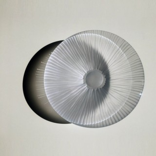Contemporary furnace glass 'Dune Hexa Plate' by Vezzini and Chen