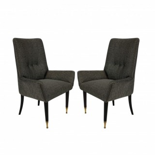 A PAIR OF ITALIAN MID CENTURY BEDROOM CHAIRS