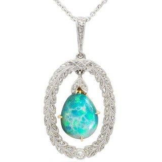 1.80 ct Opal and 0.25 ct Diamond, 18 ct Yellow Gold Pendant - Antique Circa 1930