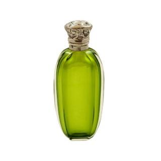 Antique Sterling Silver & Green Glass Perfume / Scent Bottle 1912