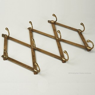 Tonks Set of Walkers Patent Hooks