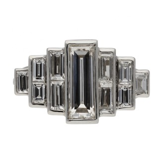 Art Deco diamond ring, circa 1925.