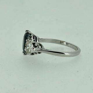 Sapphire & Diamond 3 stone ring
