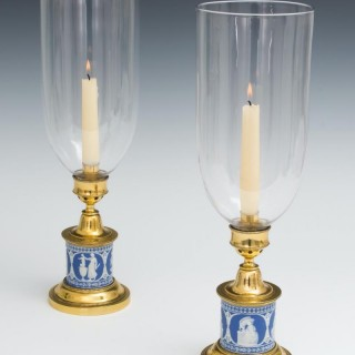 A FINE PAIR OF WEDGWOOD BASE GEORGIAN STORM LIGHTS