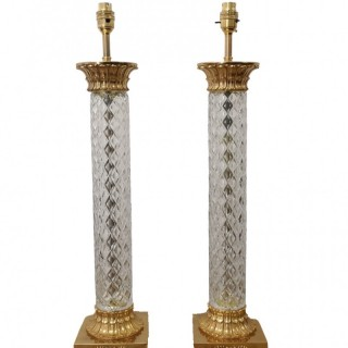 PAIR OF TALL EARLY 20TH CENTURY FRENCH CRYSTAL AND GILT BRONZE LAMPS