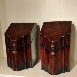 Pair Knife Boxes