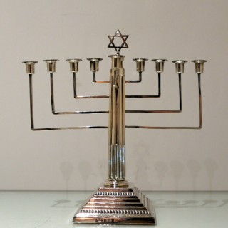 20th Century Antique George V Sterling Silver Menorah Birmingham 1932 Britton Gould & Co
