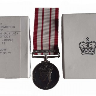 NAVAL GENERAL SERVICE MEDAL, GVIR, ONE CLASP, MINESWEEPING 1945-51, AWARDED TO SIGNALLER 3RD CLASS E.W. JACKMAN