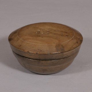 Antique Treen Early 19th Century Sycamore Butter Bowl (Mealey Beg)