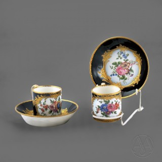 An Attractive Pair of Sèvres Pattern Cups and Saucers