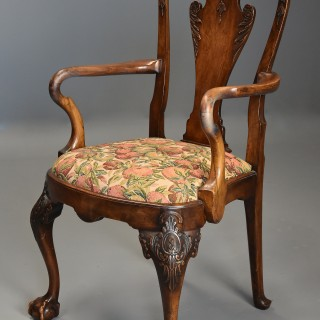 Early 20th century walnut open armchair in the Queen Anne style