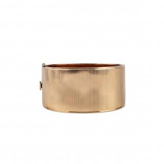 Good high carat gold bangle