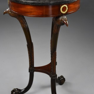 Highly decorative late 18thc French Empire mahogany gueridon table of small proportions