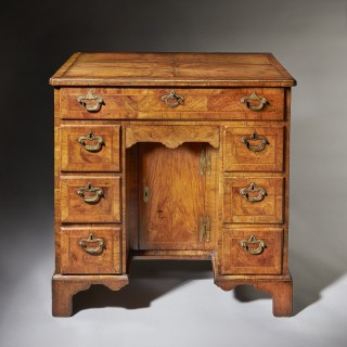 Figured Walnut George II 18th Century Kneehole Desk Attributed to Elizabeth Bell