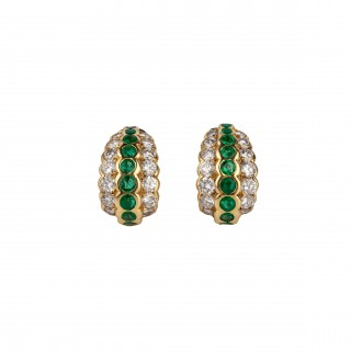 Emerald and diamond hoop earrings mounted in 18 carat yellow gold and signed Fasano Italy