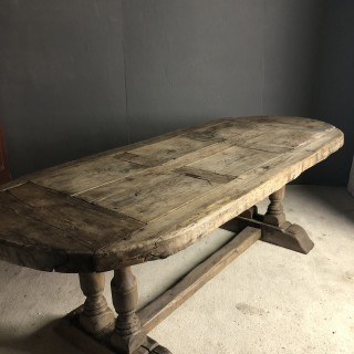 Good oak trestle table early 18th Century
