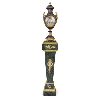 Green marble and gilt bronze Neoclassical style stand