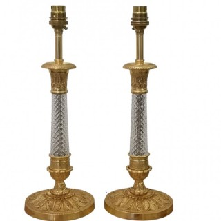 PAIR OF EARLY 20TH CENTURY CUT CRYSTAL AND GILT BRONZE TABLE LAMPS
