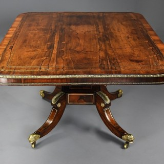 Fine quality early 19th century Regency rosewood breakfast table of exceptional patina
