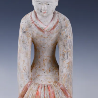 Han Dynasty Female Court Attendant