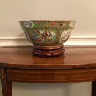 Large Nineteenth Century Famille Rose Bowl