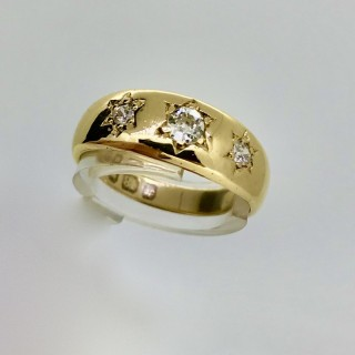 Diamond and 18ct Gold Ring