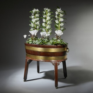 Large George III 18th Century Mahogany Wine Cooler Cellarette or Jardinière. circa 1760-1770