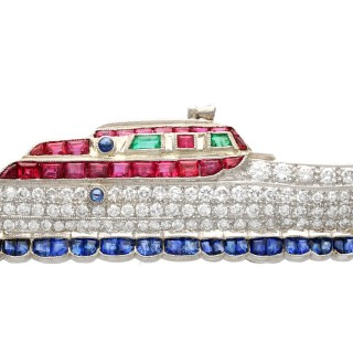 2.35 ct Diamond, 0.75 ct Sapphire, 0.58 ct Ruby and Emerald, 18 ct Yellow Gold Boat Brooch - Vintage Circa 1970