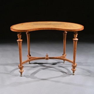 Fine 19th Century Satinwood Kidney Shape Side Writing Table In The Manner Of Gillows