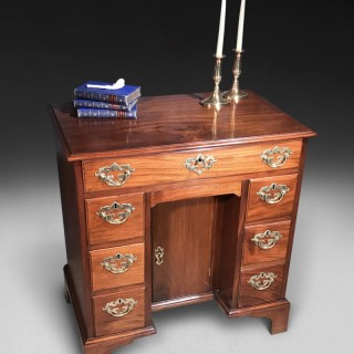 Mid 18th Century Mahogany Kneehole Desk